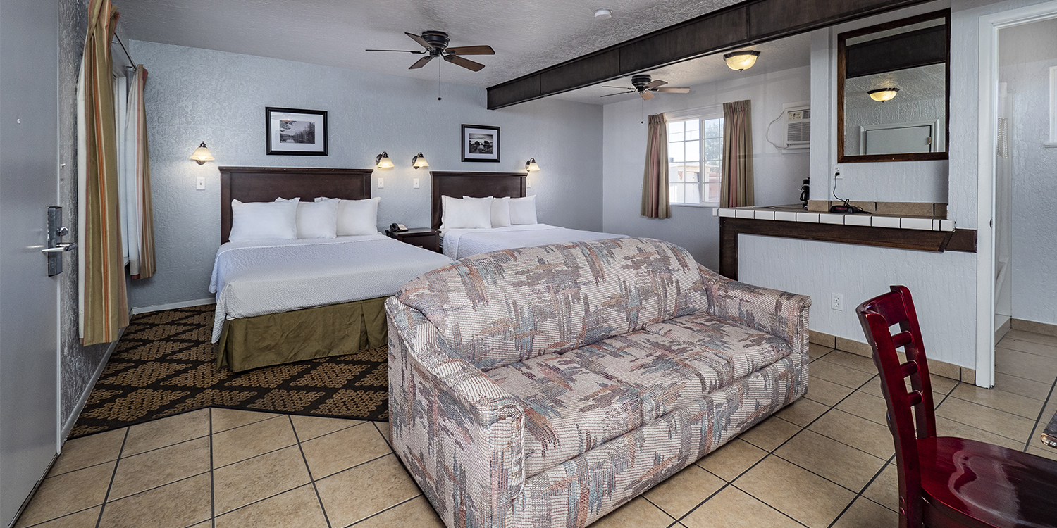 OUR WILLIAMS, CA HOTEL OFFERS WELL-APPOINTED SUITES