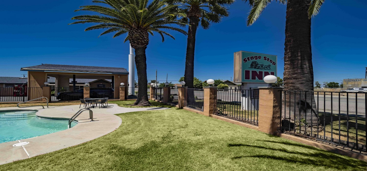 LOOK THROUGH THE GALLERY OF OUR WILLIAMS, CA HOTEL BEFORE YOU BOOK